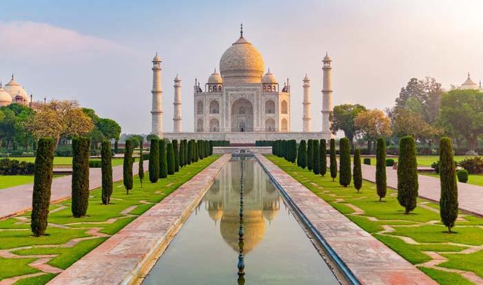 Taj Mahal - White Wonder